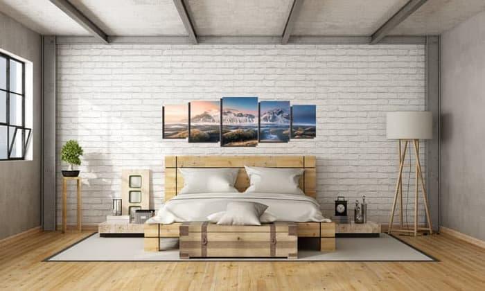 Desain rumah dengan wall art
